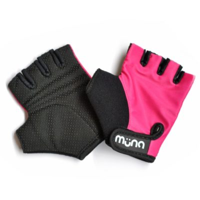 MUNA_Pink_Lycra-Gloves