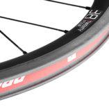 Feature-Wheel-38-ClincherBrakeTrack
